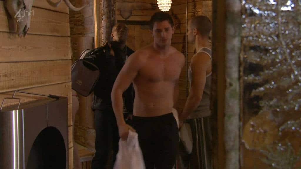 Rob Norbury Shirtless In Hollyoaks