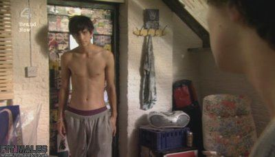 Luke Pasqualino and Jack OConnell Shirtless in Skins