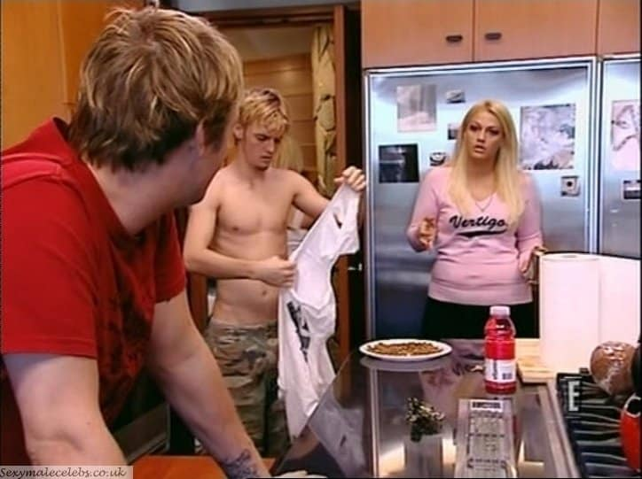 Aaron Carter Shirtless In House Of Carters image