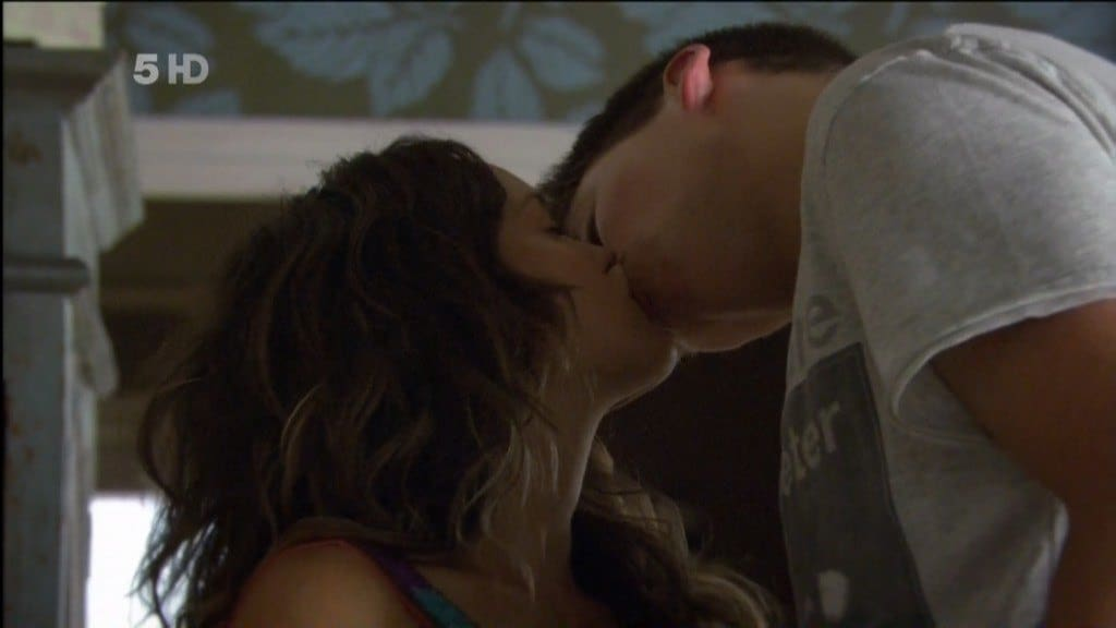 Lincoln Younes Kiss In Home and Away