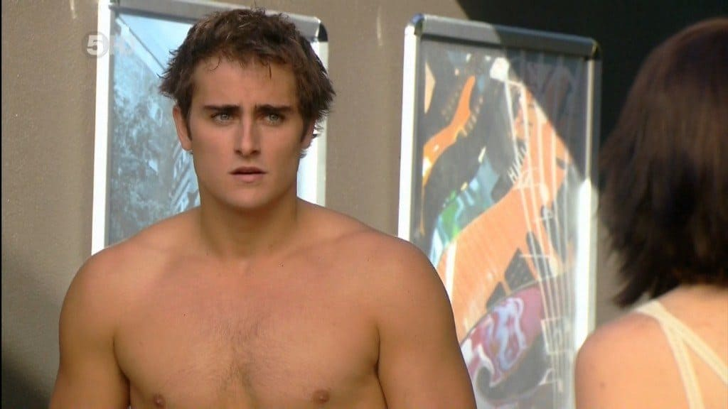 Chris Milligan Shirtless In Neighbours