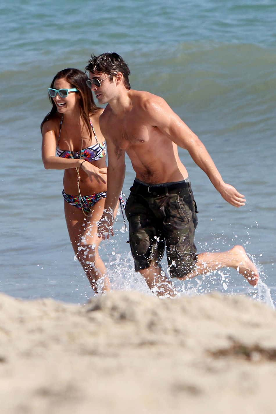 Zac Efron Shirtless On Beach In Malibu