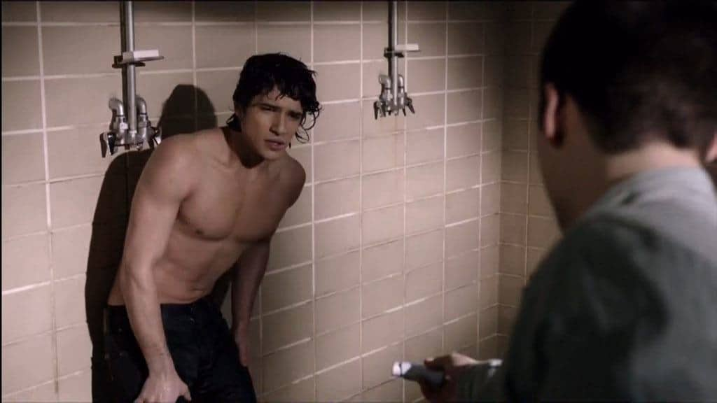 Tyler Posey Shirtless In Shower In Teenwolf