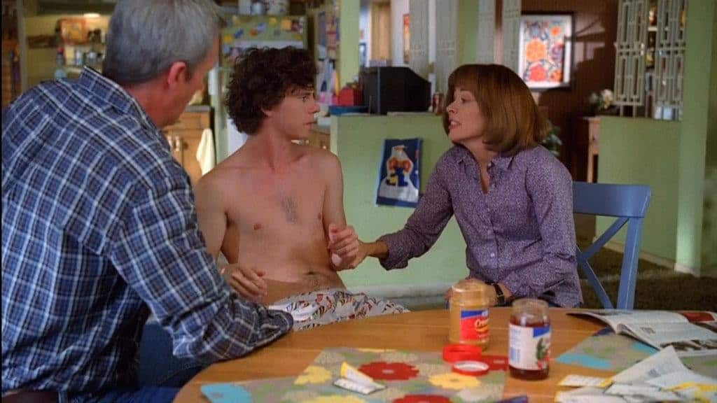 Recent Charlie McDermott Shirtless In The Middle image