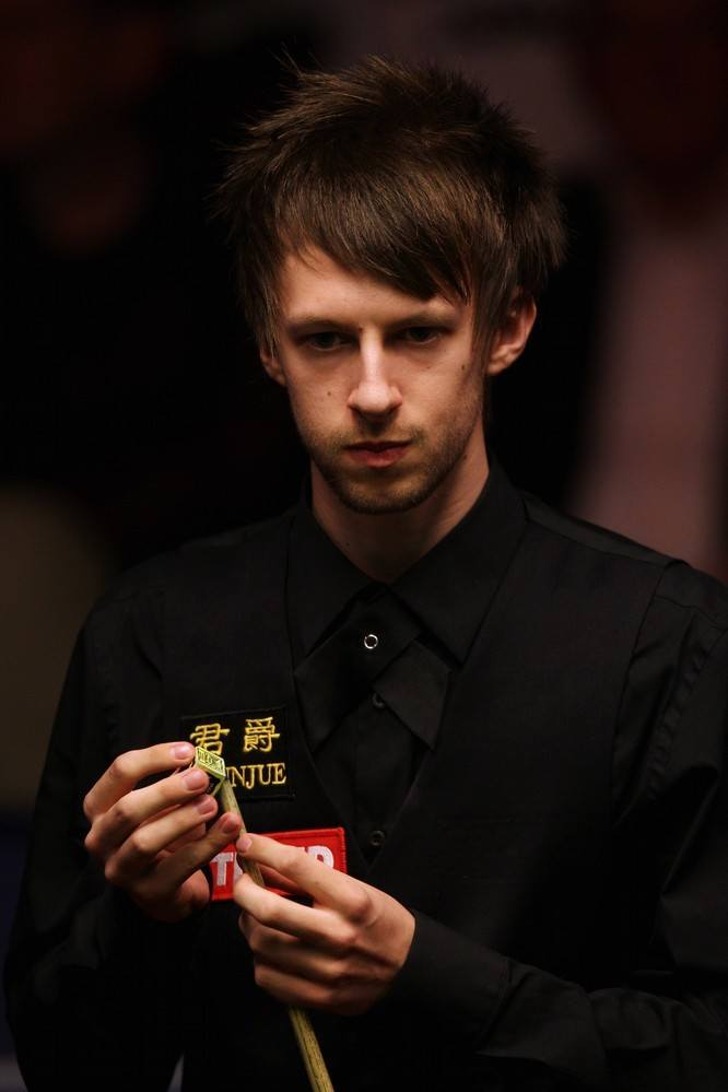Judd Trump Shirtless