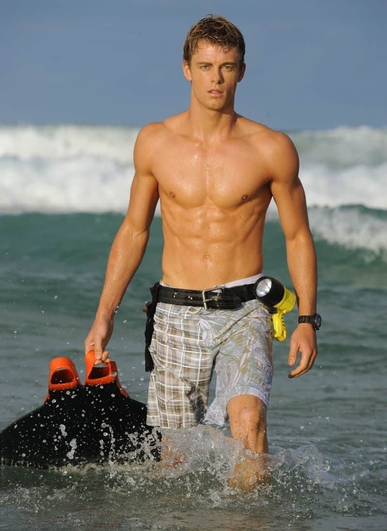 New Luke Mitchell Shirtless