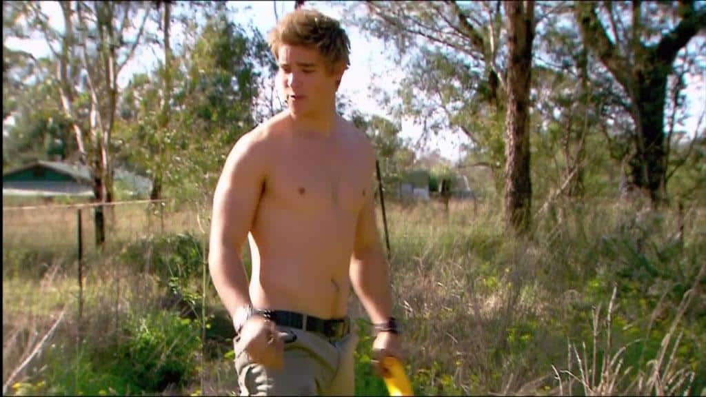 Brenton Thwaites Shirtless In Home and Away