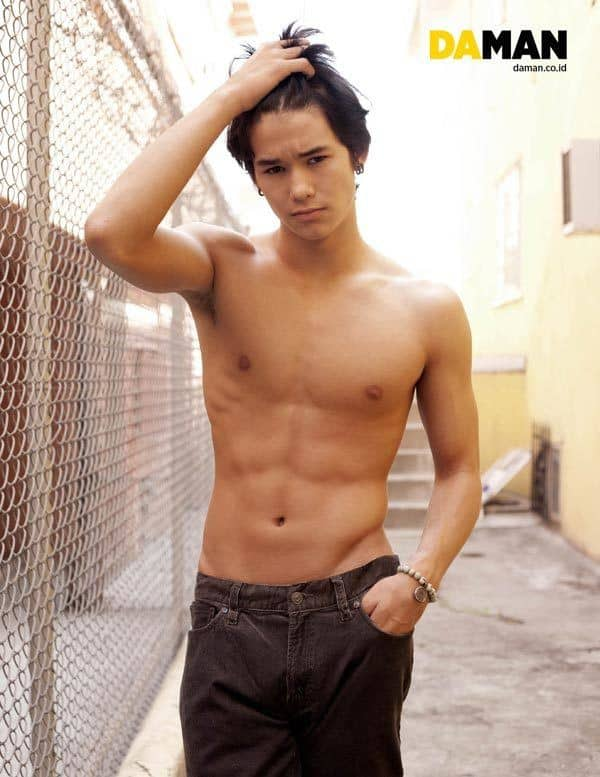 Boo Boo Stewart Shirtless In Da Man Magazine image