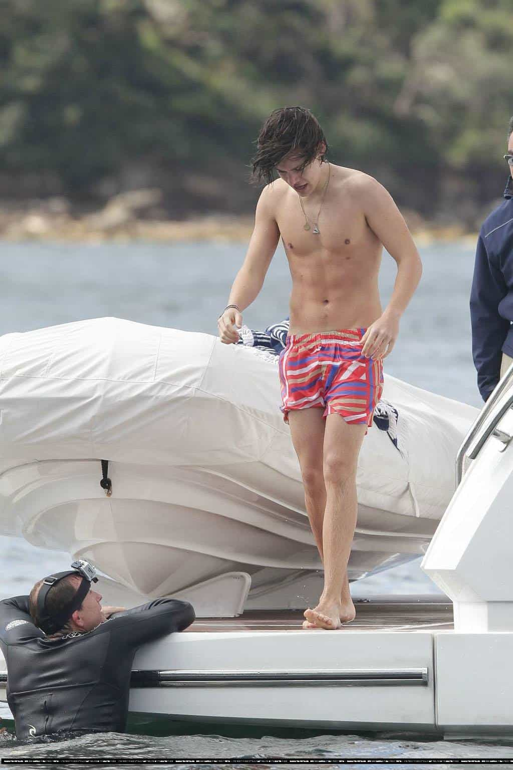 Harry Styles Shirtless On The Boat With One Direction Lads