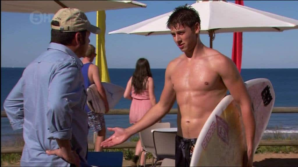 Aussie Lincoln Younes Shirtless