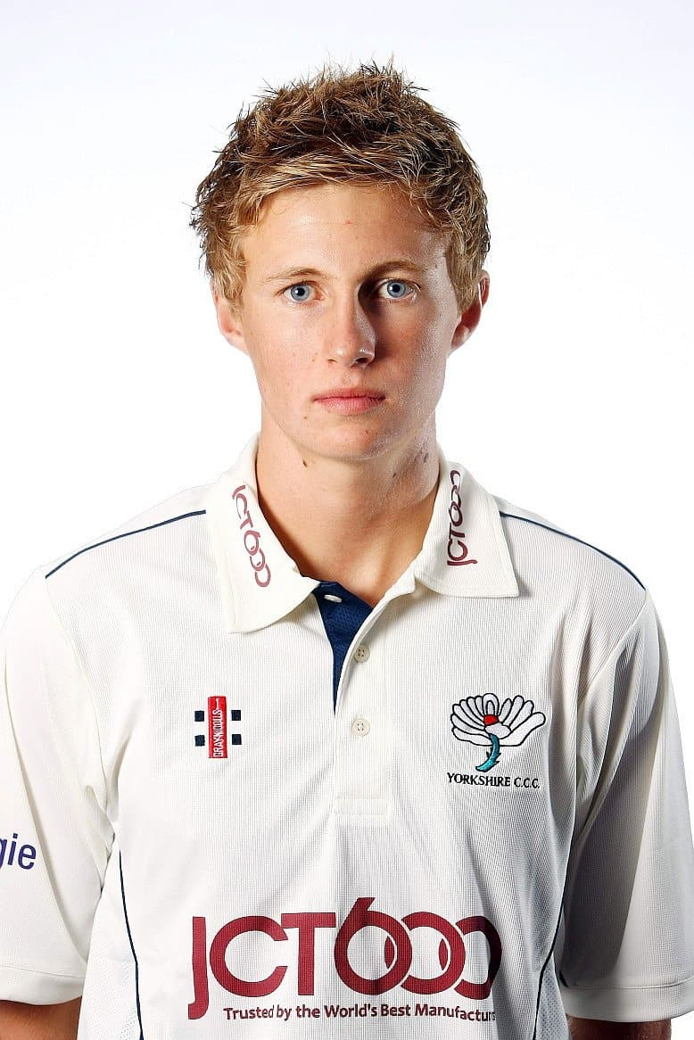 Joe Root | Fit Males Shirtless & Naked