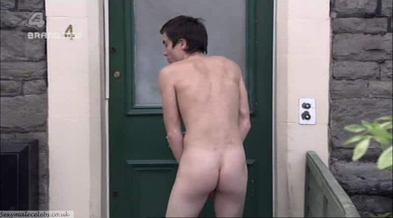 Joe Dempsie With Hardon and Naked In Skins