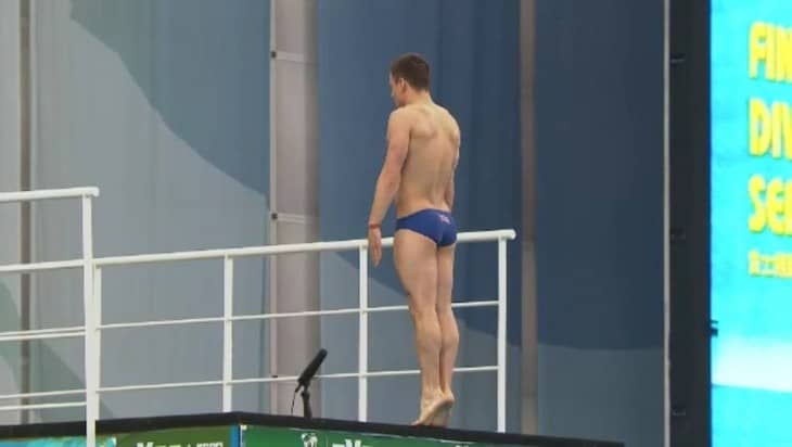 Tom Daley Shirtless In FINA Diving World Series Final In Dubai
