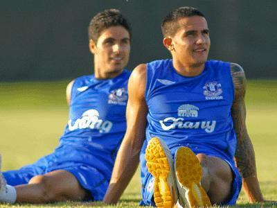 efc__1217357349_Arteta-and-Cahill-t