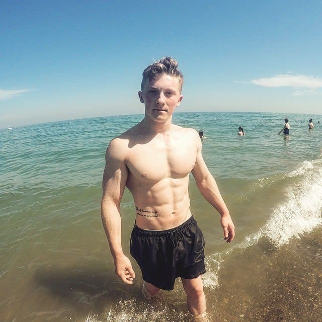 Nile Wilson Shirtless At Beach