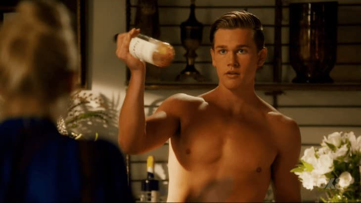 Taylor John Smith Shirtless In Hart of Dixie