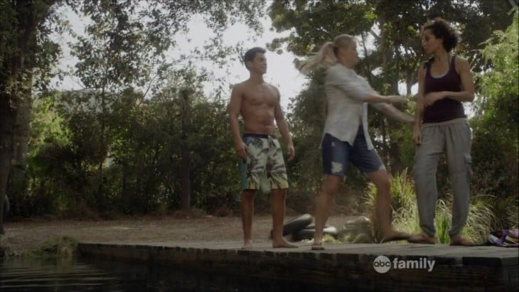 Jake T. Austin Shirtless In The Fosters Season 2 image