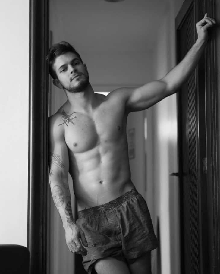 Male Model Federico Devito Shirtless image