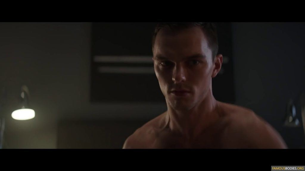 nicholas hoult totally naked