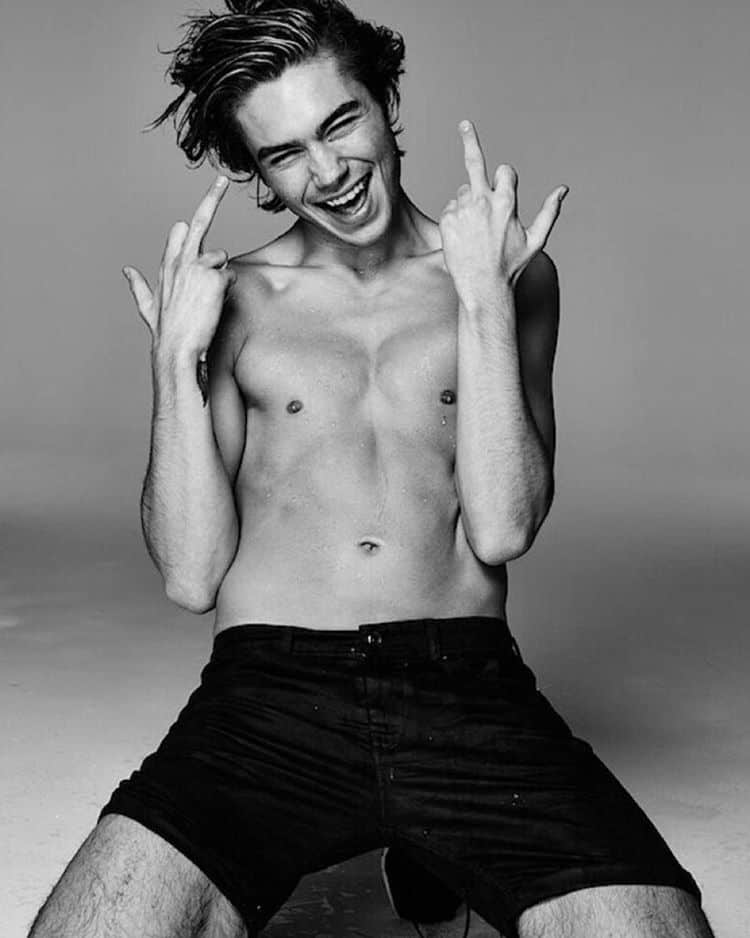 George Shelley Shirtless image