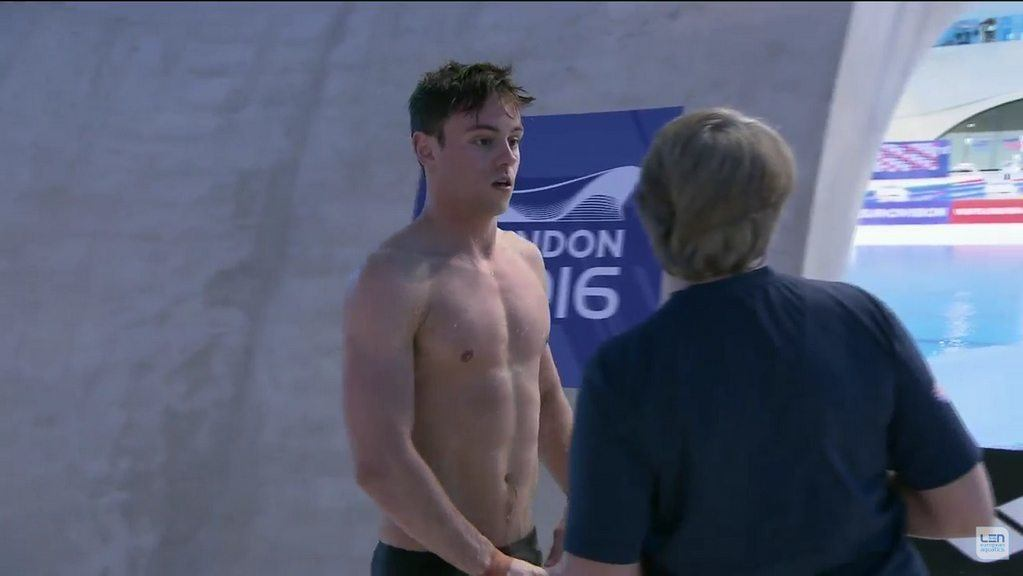 Tom Daley Shirtless & Showing His Pits