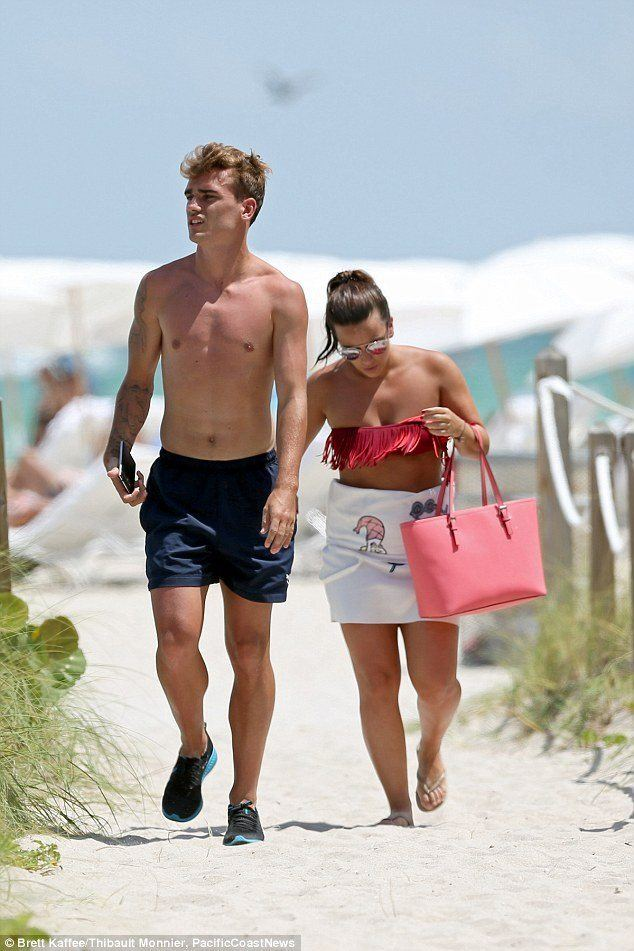 Antoine Griezmann Shirtless On Holiday image