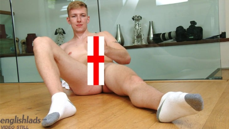 Bum, British Gay Porn - Christian Sterling Wanking At English Lads
