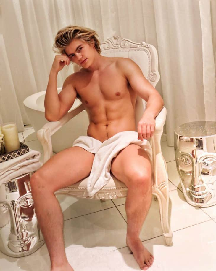Zander Hodgson, Naked - Gay British Actor & Model Zander Hodgson