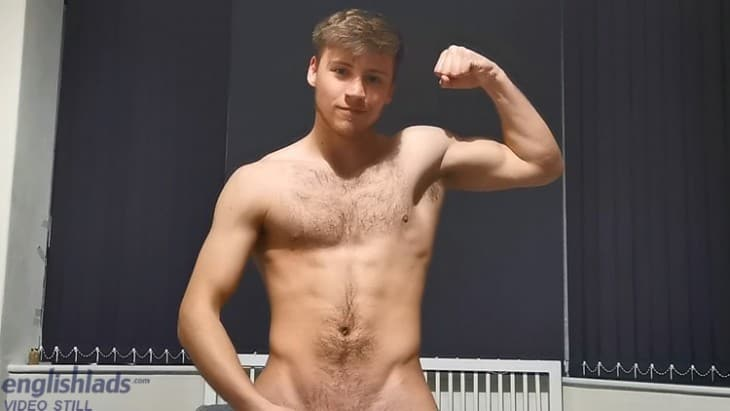 English Lads Joe Fitzpatrick Wanking At Home
