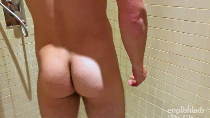 tanner riley bubble bum